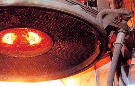 wassergekühlter Deckel eines Elektrolichtbogenofens