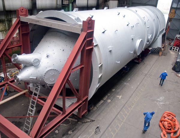 Mit einer Gesamtlänge von 36 m und einem Gewicht von fast 200 to gehört dieser Wirbler zu den großen Anlagenbauten der Hilgefort GmbH