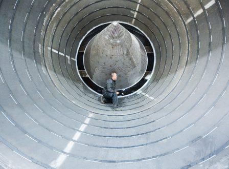 Letzte Prüfung des Anlagenbauteils von innen